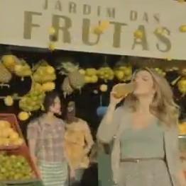 H2OH Frutas - Giovanna Ewbank - 2011